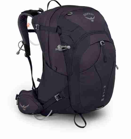 Osprey Mira // Looking for the best bikepacking backpack? Read my review on the Osprey Mira 32 and Osprey Manta 34 packs for hut-to-hut adventures.