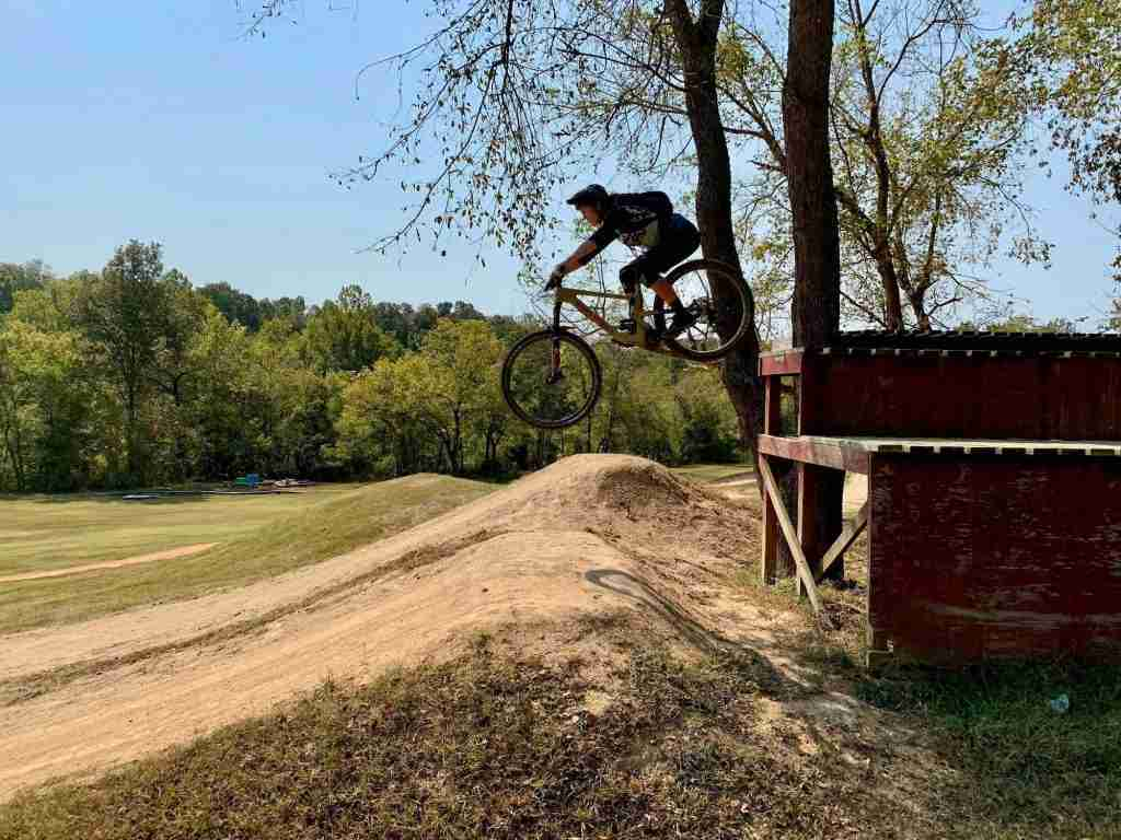 Learn about the best mountain bike protective gear to keep you safe out on the trails including helmets, knee pads, elbow pads, and more.