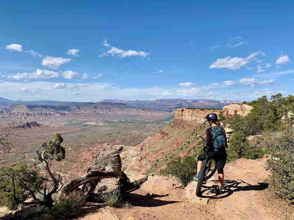 Gooseberry Mesa // Wondering where to bike in Utah? In this post, I've rounded up the best Utah bike trails for bikepackers, mountain bikers, & cyclists.