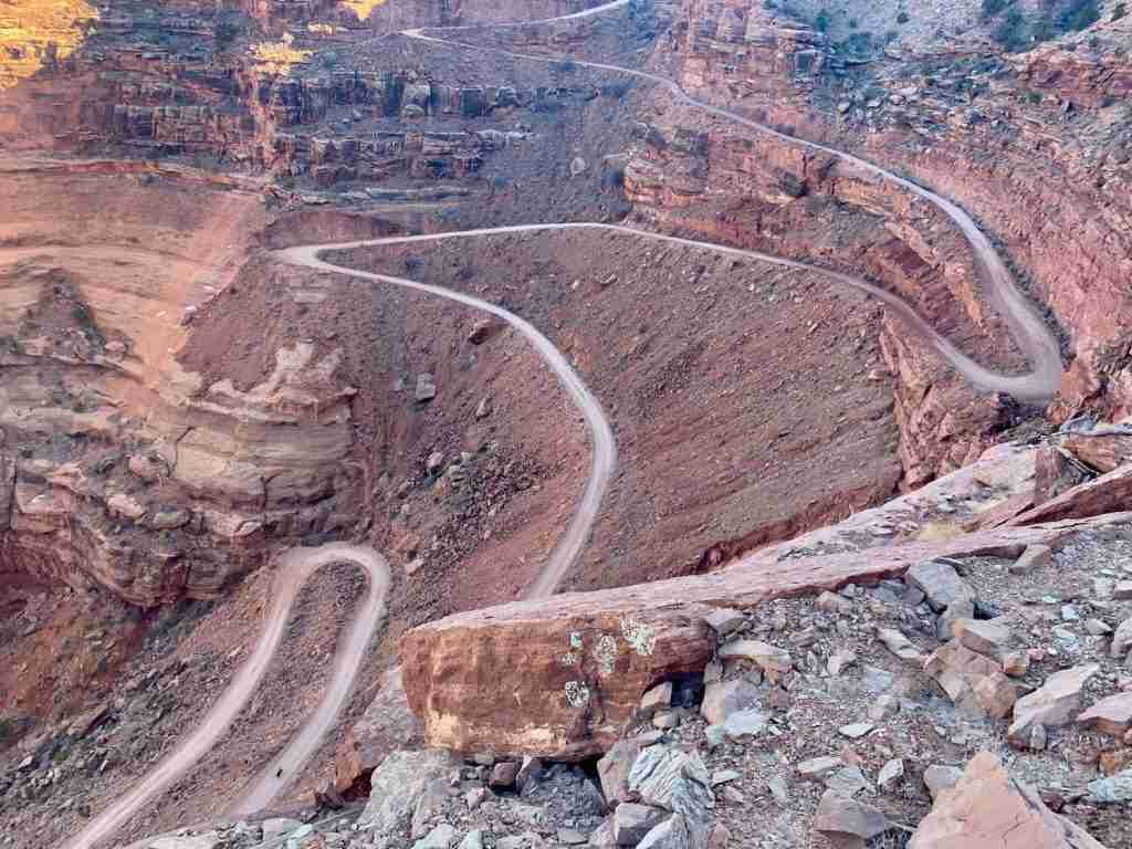 Shafer Switchbacks // Learn the best tips for planning your White Rim Trail bikepacking adventure including what to pack, how to carry water, and where to camp.